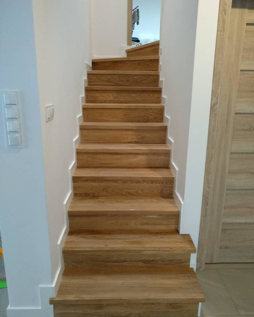 как избавиться от скрипа лестницы