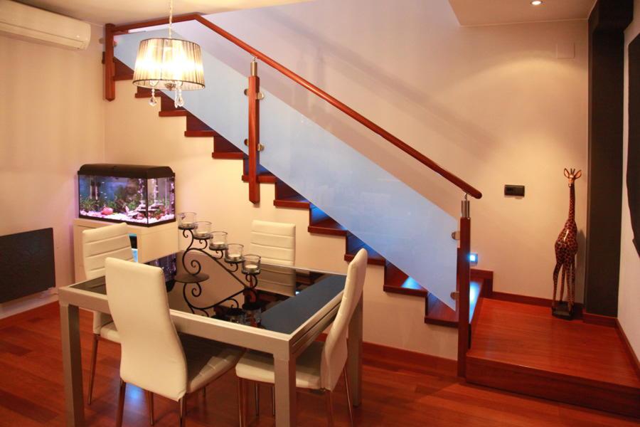 Лестницы на второй этаж в частный дом