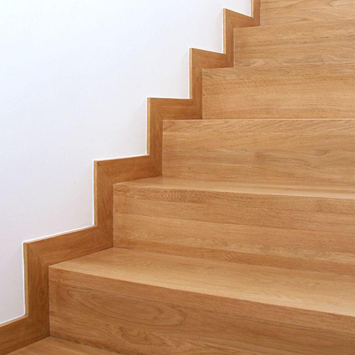 скрипит лестница