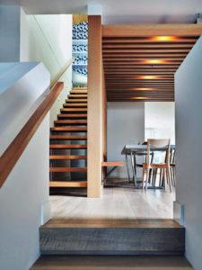 Варианты лестниц в таунхаусе
