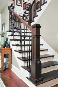 Лестницы из ясеня с ковкой
