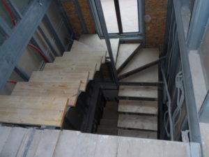 Проекты лестниц на второй этаж